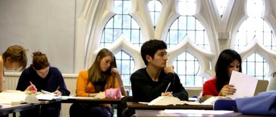 Clase de ingles en St. Marys University Twickenham